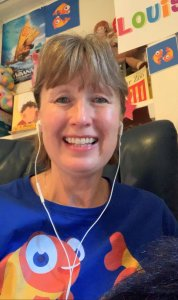 TEFL teacher Louise teaching English online