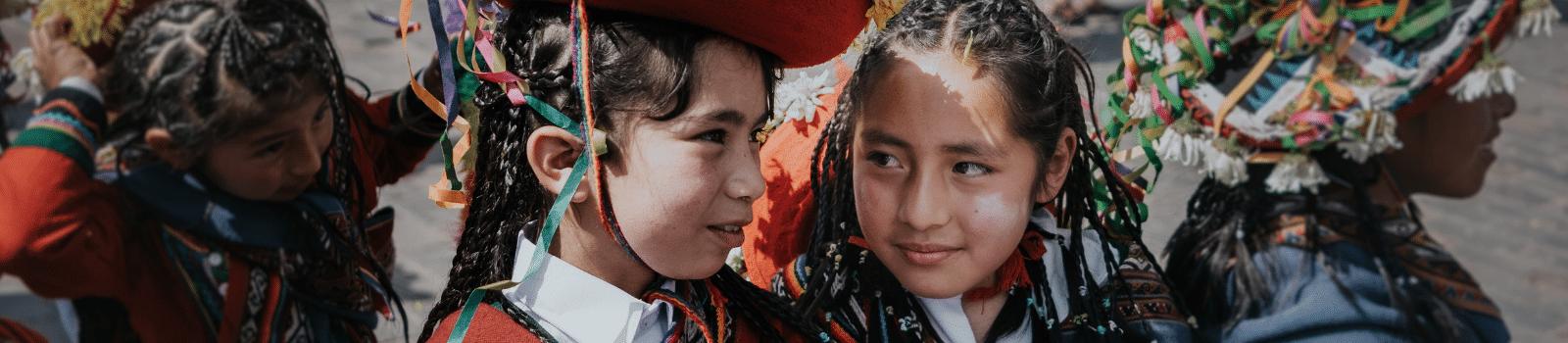 Children in traditional Peruvian dress